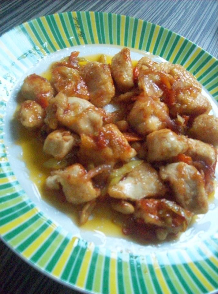 Пилешко во слатко-кисел сос