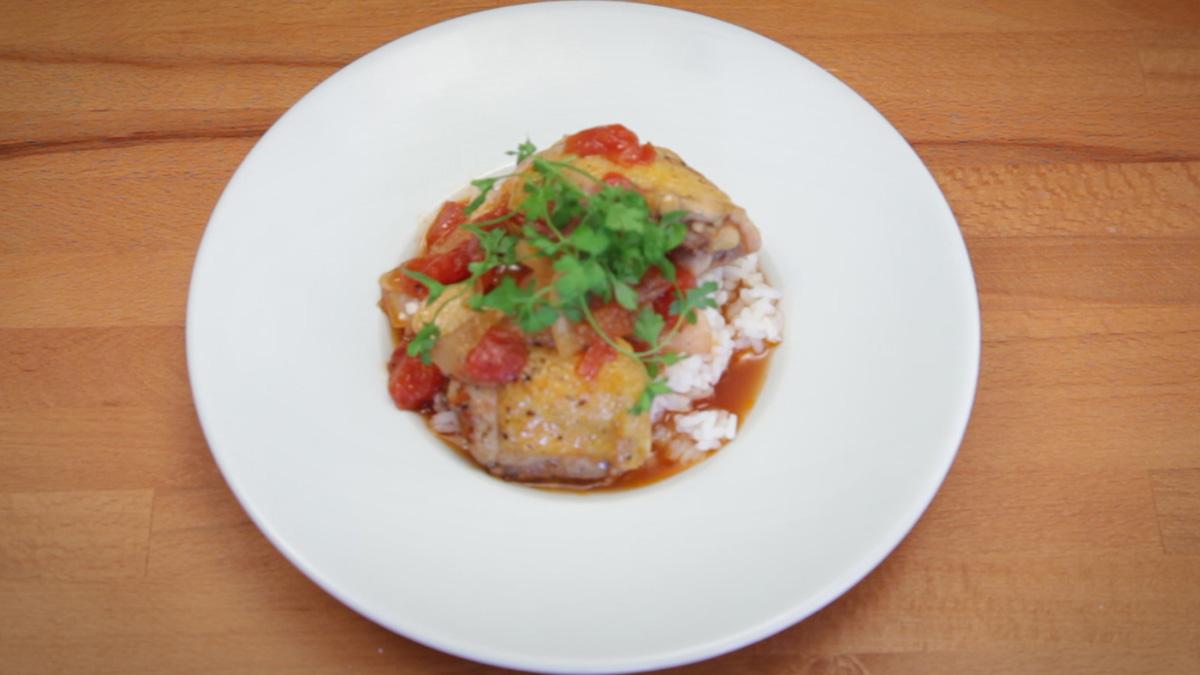 Видео рецепт: Пилешко во црвен вински оцет