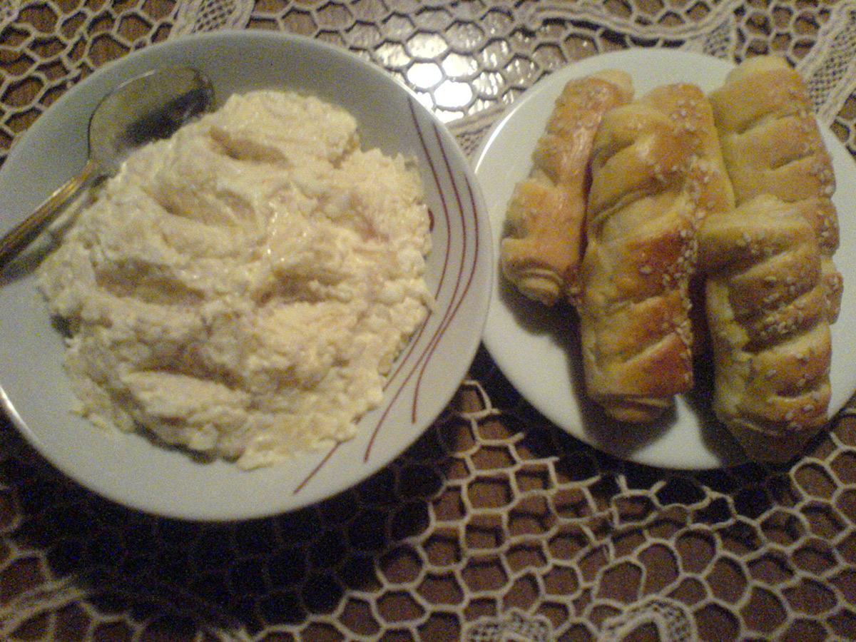 Салата со компири и јајца