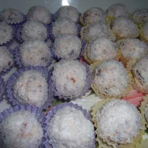 Бомбици со хопла и ресани