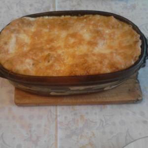 Вкусни лазањи со мелено месо и бешамел сос