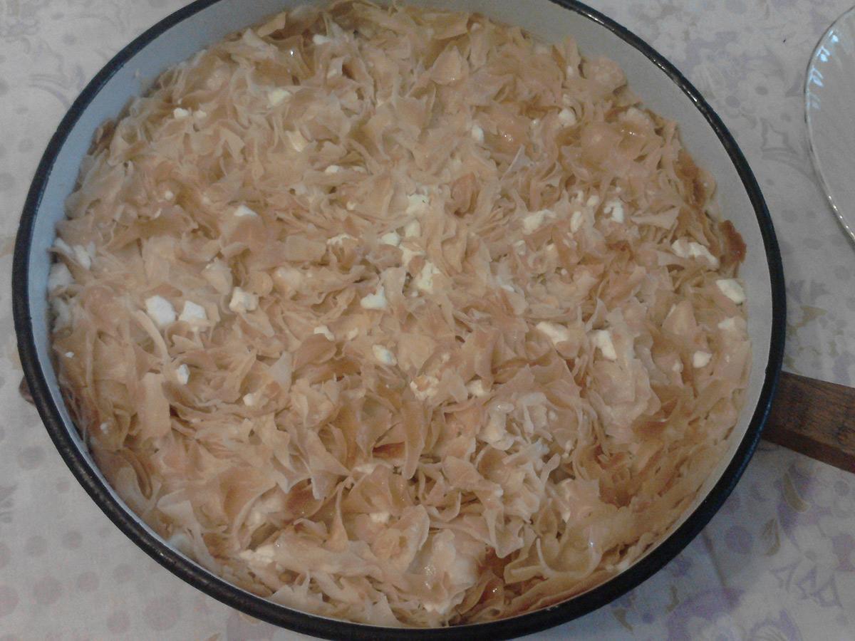Пица бурек од кори (јуфки)