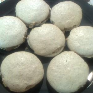 Падобранци со мелени бисквити