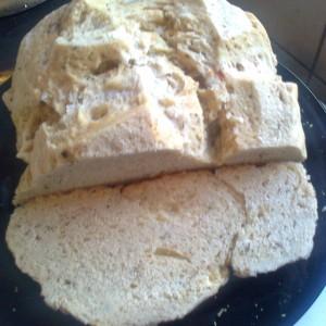 Леб со зачини печен во тенџере