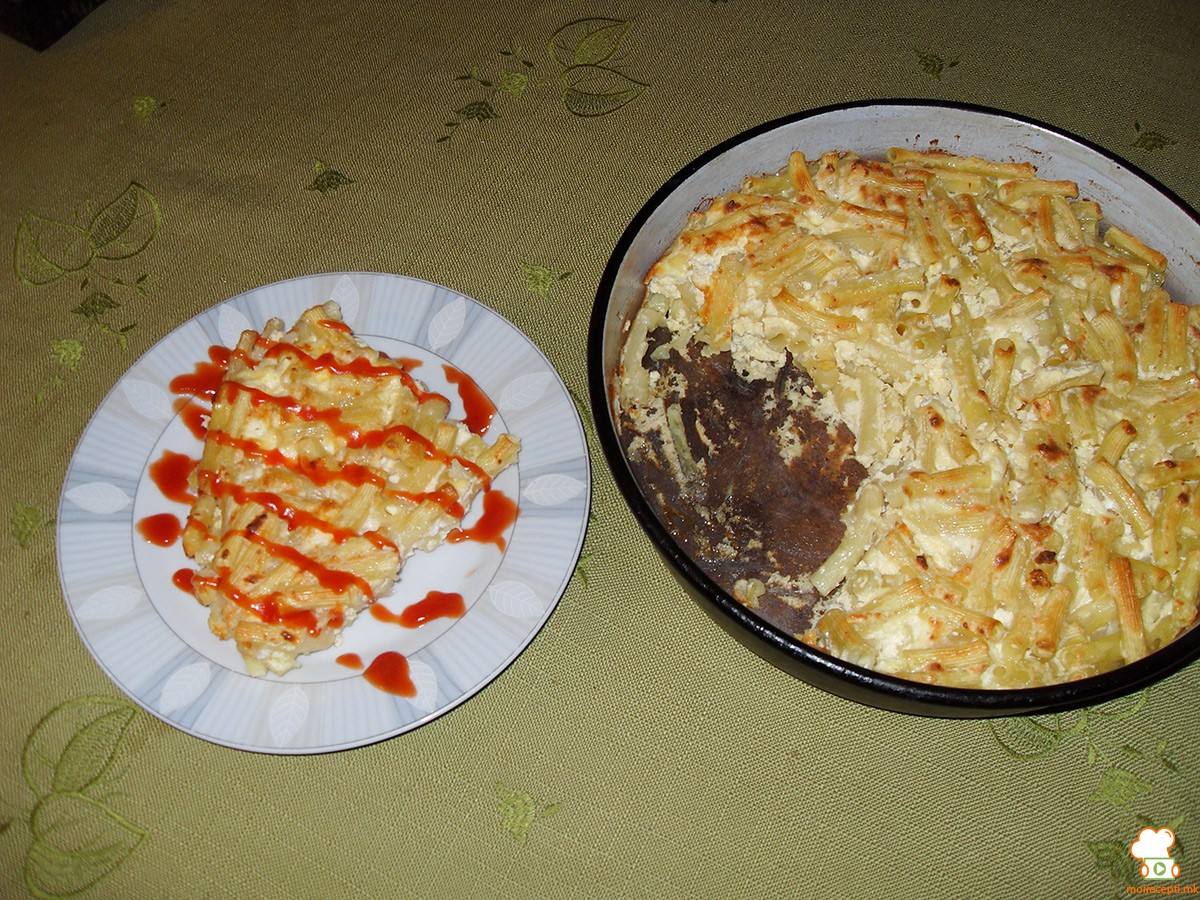 Макарони со урда и јајце