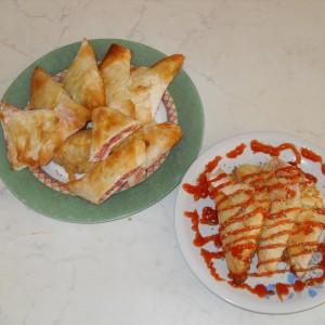 Триаголници со салама и кашкавал