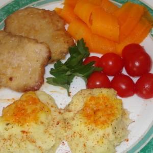 Свински шницли со вулкан-компири