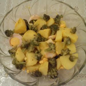 Велигденска салата со брокула