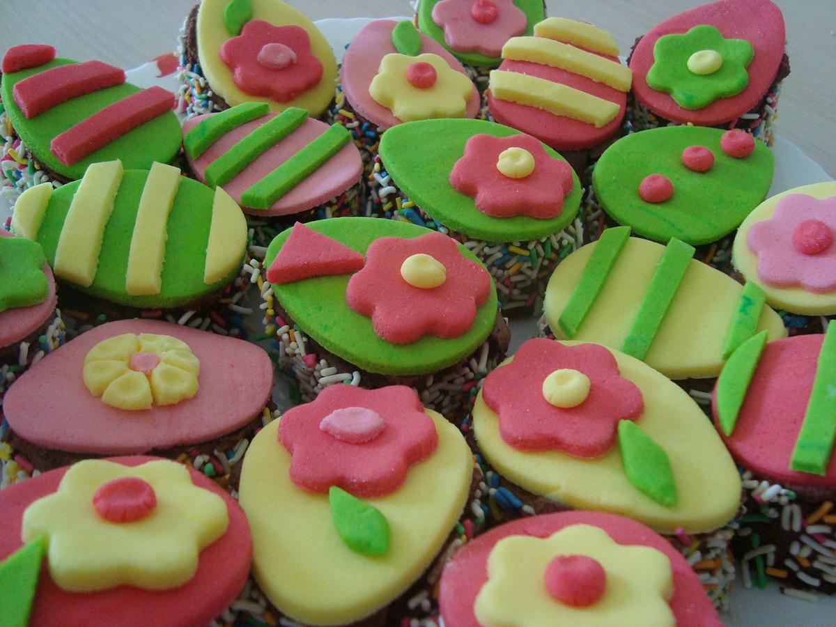 Велигденски тортички