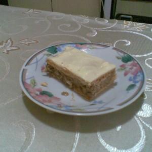 Пролетен овошен колач
