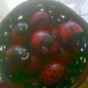 Велигденски бубамарки