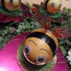 Јајце-пчеличка (радост за децата)