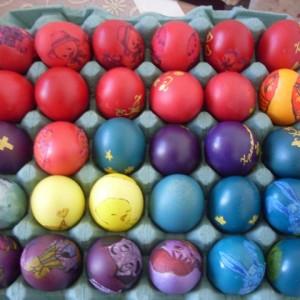 Декорирање велигденски јајца со салфетки
