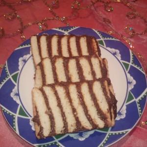 Лепени бисквити со фил