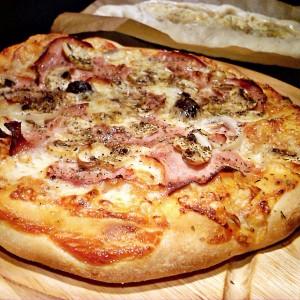 Тесто за пица, пиде и сл.