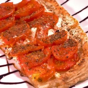 Видео рецепт: Тарт со домати и оригано