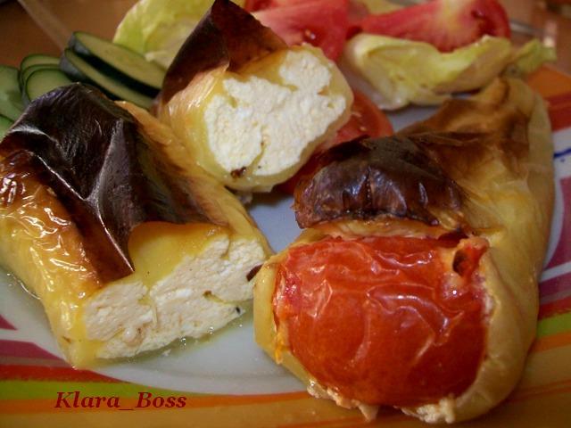 Полнети пиперки со сирење