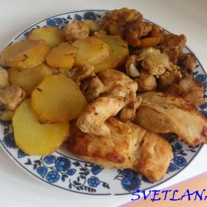 Пилешки стек со компири и топчиња од соја