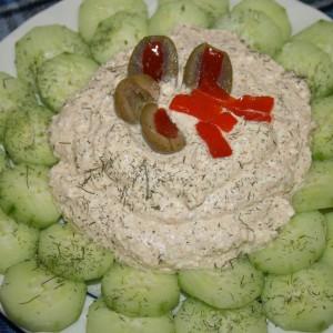 Урнебес салата