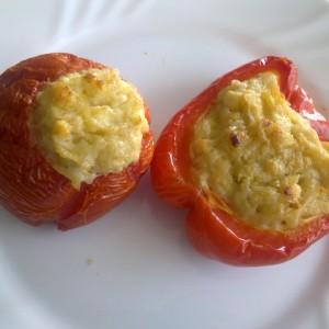 Полнети домати со компир