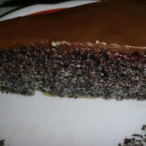 Пенаста торта со мак