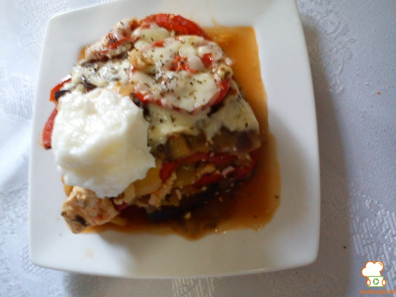 Тава со модри патлиџани и домати