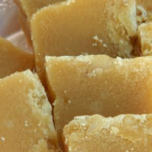 Алва со бело брашно (посно)