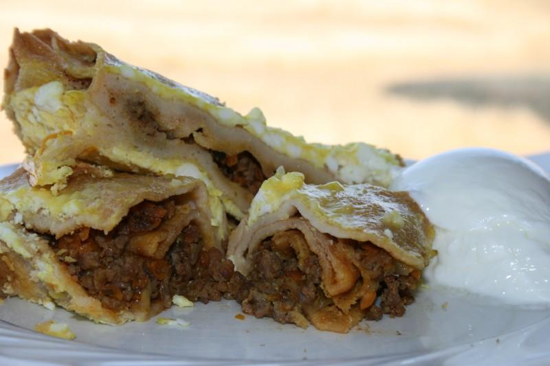 Солени палачинки со мелено месо и хопла