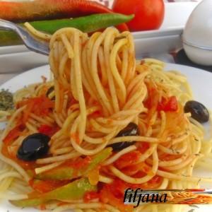 Шпагети со зеленчук