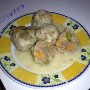 Кофтиња со месо и зеленчук