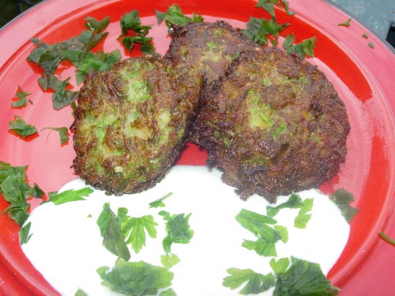 Ќофтиња од тиквички со интегрално брашно без јајца