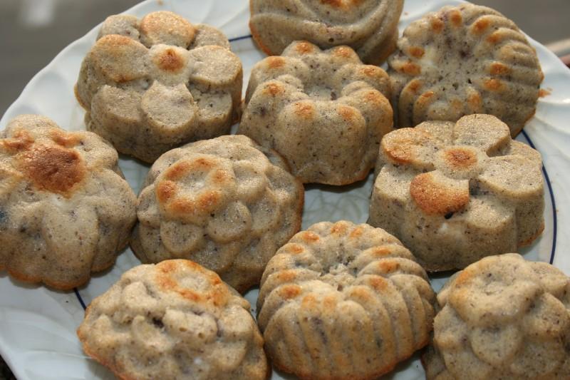 Солени мафинси со брашно од хељда и маслинки