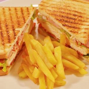 Видео рецепт: Клуб сендвич