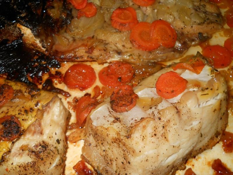 Печена риба Крап и филети од Сом
