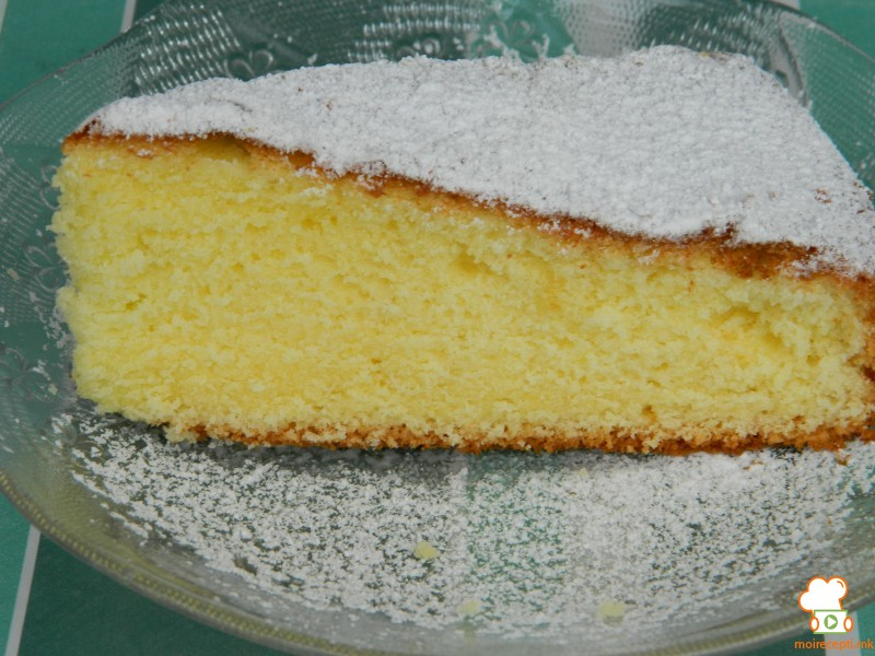 Торта со јогурт и лимон