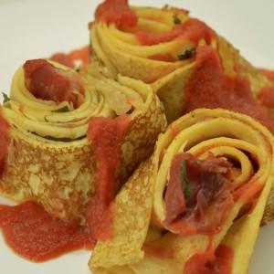 Видео рецепт: Полнети солени палачинки