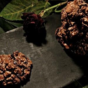 Колачи од чоколадо и ореви