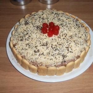 Торта со бисквити и рум