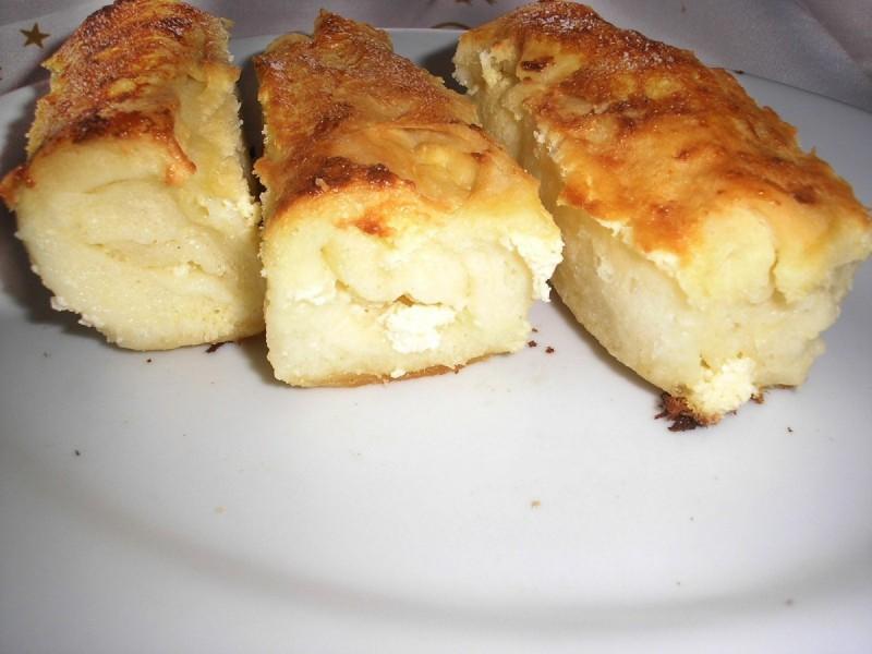 Ролнички со сирење