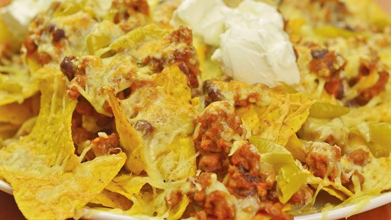 Видео рецепт: Начо чипс со телешко чили