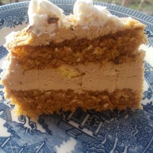 Торта со Фанта и лешници