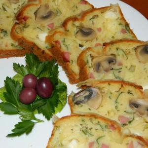 Солен колач со печурки