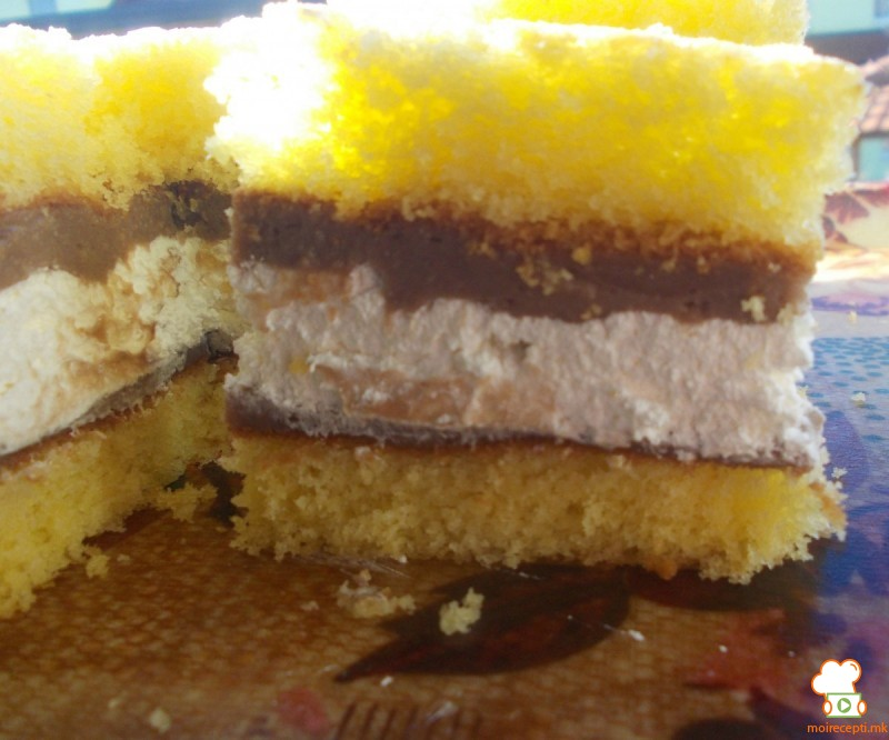 Шарени тортички