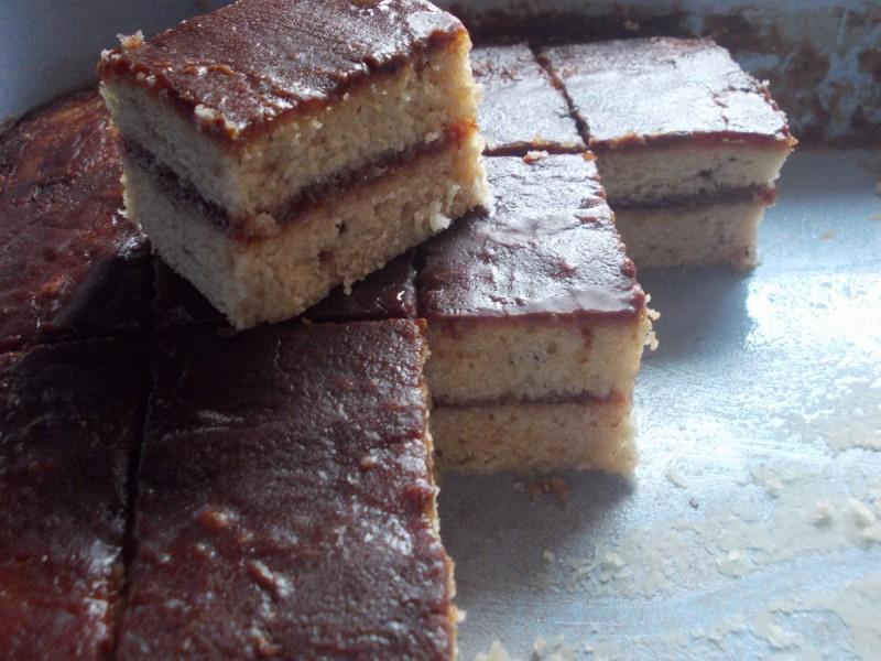 Тортички со џем