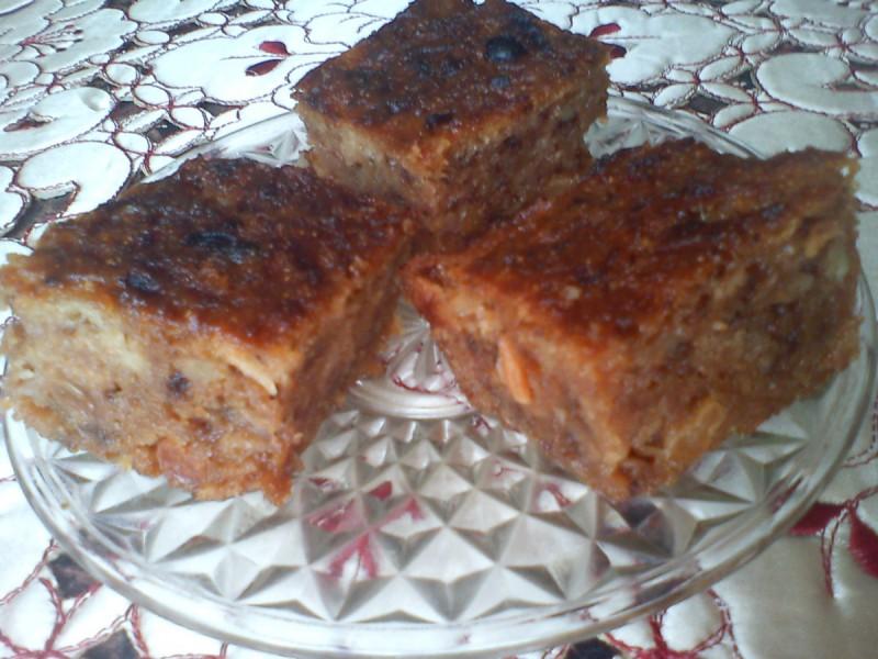 Парен колач со јаболка (посно, без масло)