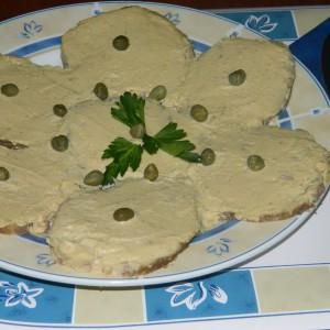 Телешко со сос од туна