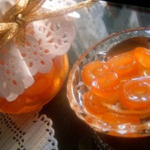 Слатко од кора од портокал