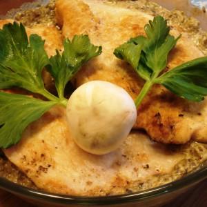 Пилешки стек со печурки и павлака