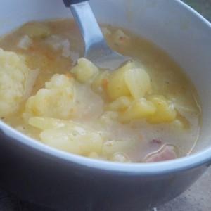 Компир супа со кнедли