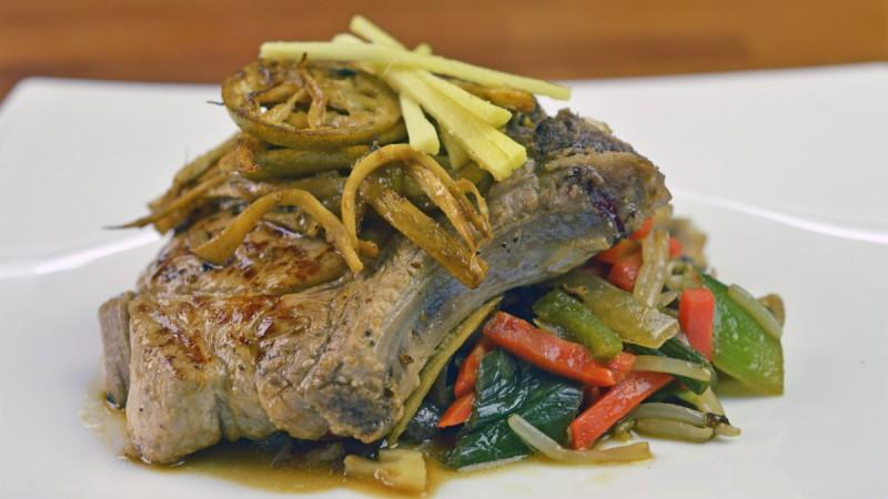 Видео рецепт: Свински Кременадли во маринада од Сос од соја